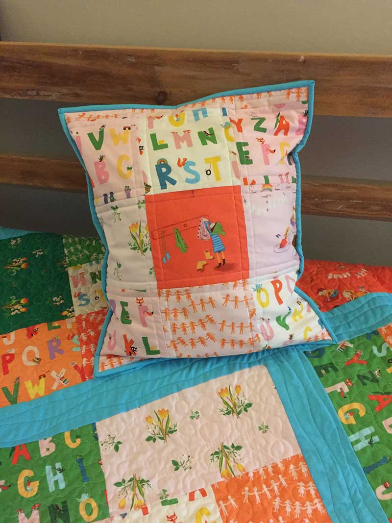 Fat Quarter Cubes Quilt and cushion
